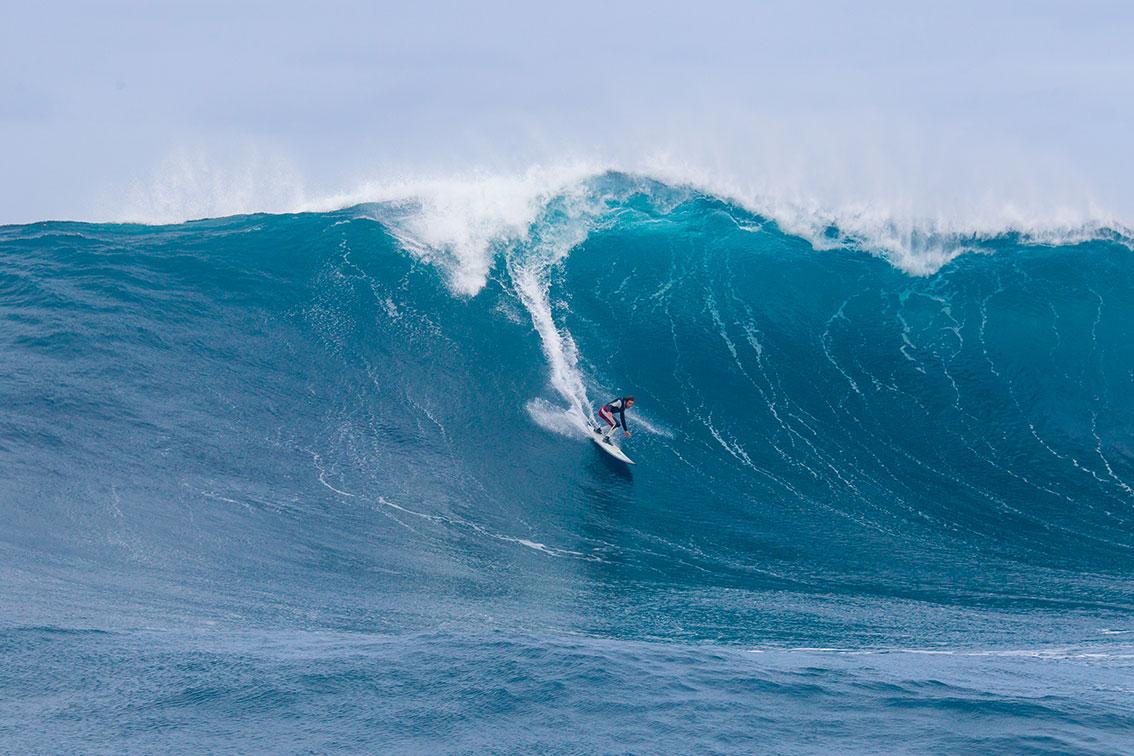 Surfistas Portugueses de Ondas Grandes de regresso aos Açores