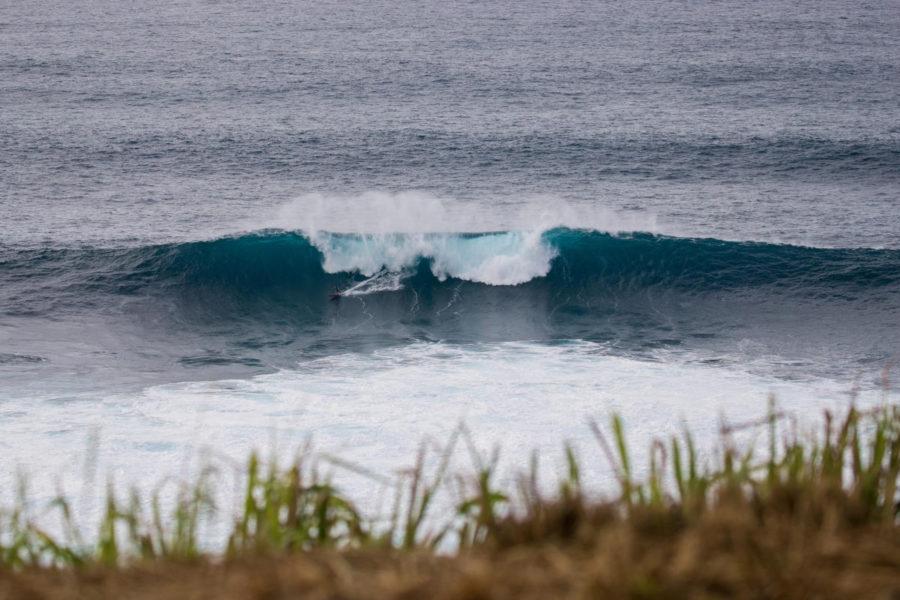 De regresso do Hawaii, Portugueses focados nas ondas da Nazaré