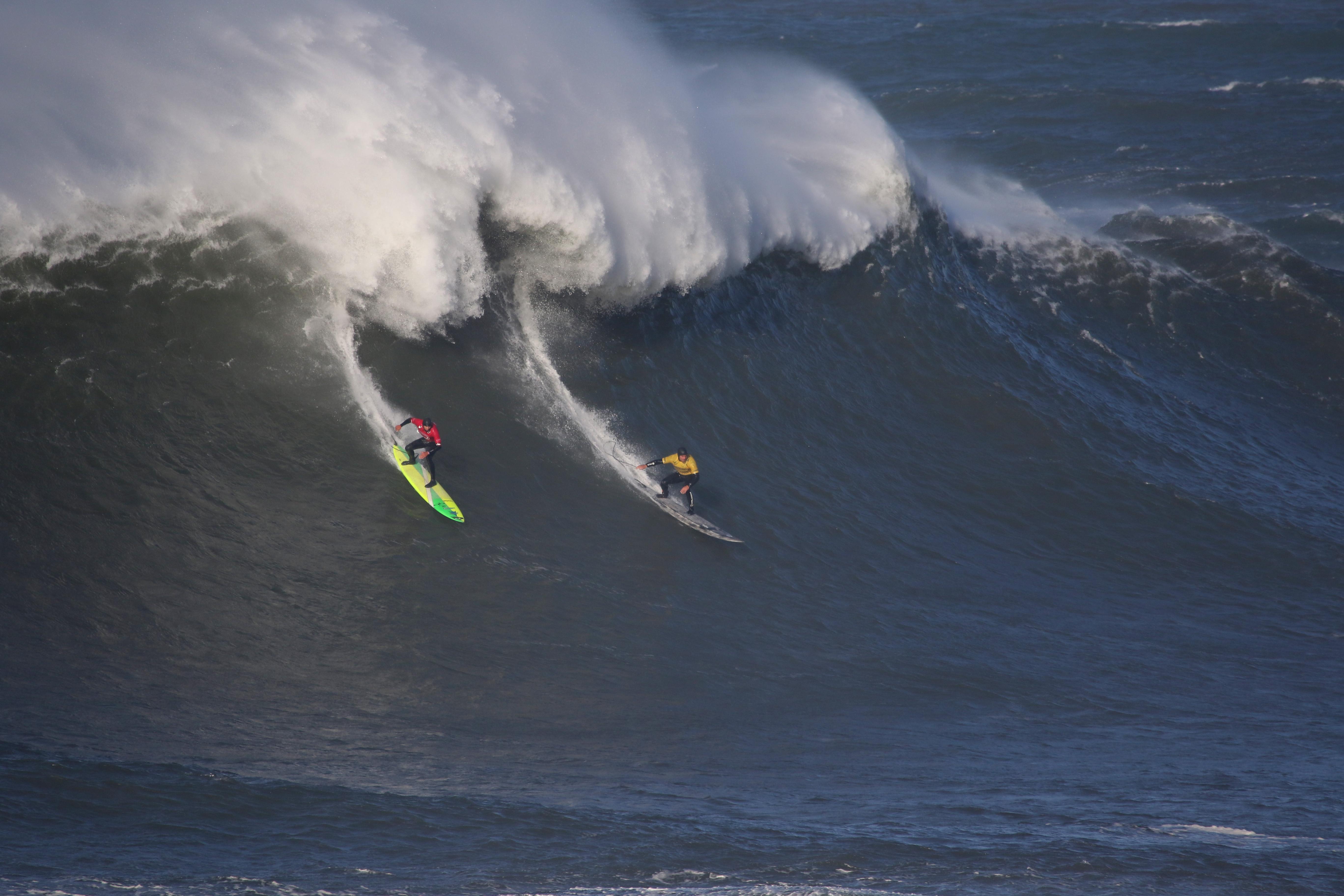 Alex Botelho integra a elite mundial de ondas grandes